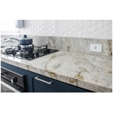 bancada de mármore branco cozinha Cupecê